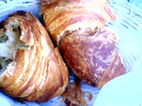le petit cafe and bakery- ventura croissant1.jpg